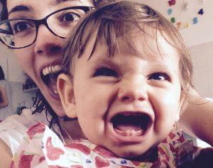 Comunicazione Nonviolenta in famiglia - immagine di Federica Lo Presti con sua nipote
